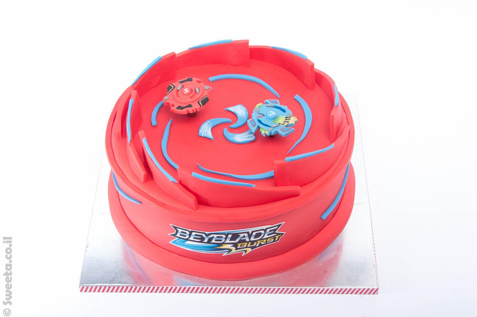 עוגת בייבלייד מעוצבת מבצק סוכר